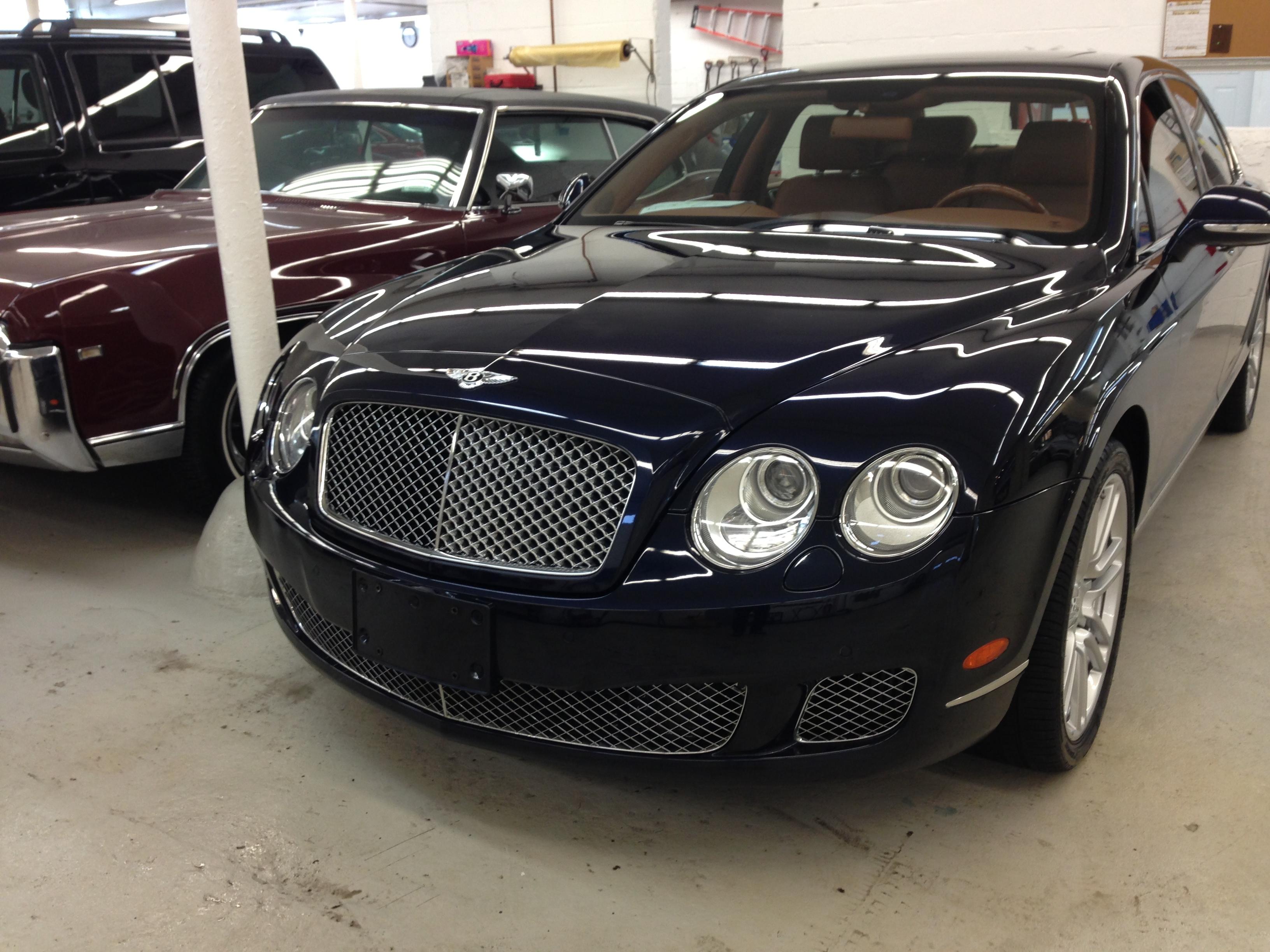 Bentley Express Detail